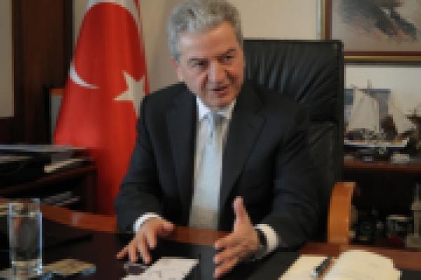 """""""İzmir ve ülkeyle bütünleşmeliyiz"""""""