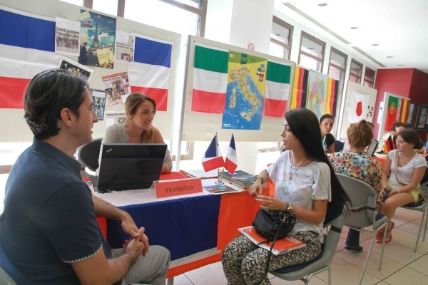STUDENTS ARE CHOOSING THEIR SECOND FOREIGN LANGUAGE