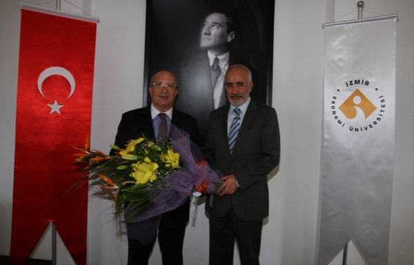 CHANGE OF DUTY AT IZMIR UNIVERSITY OF ECONOMICS