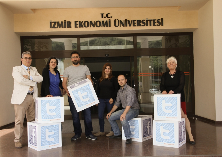 A FIRST IN IZMIR UNIVERSITY OF ECONOMICS; TWITTER COURSE