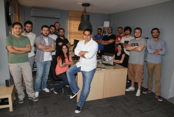 IUE SOFTWARE DEVELOPERS' EUROPEAN INVASION