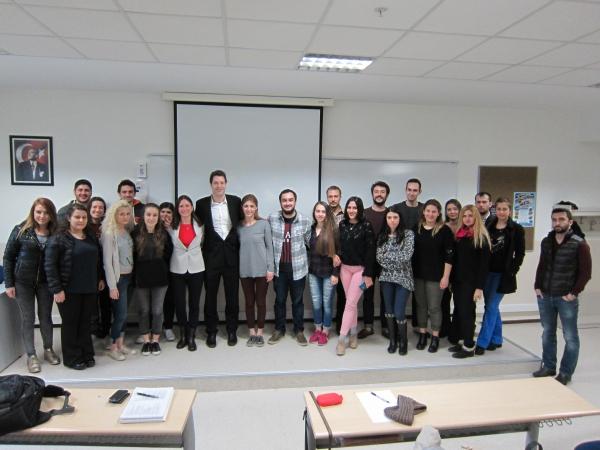 Türkiye'de Askeriyenin Sivil Denetimi