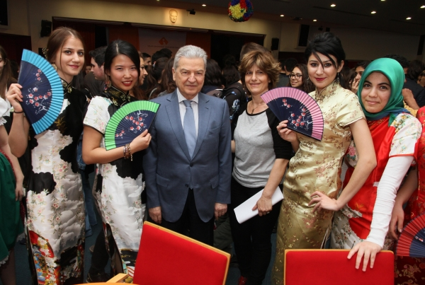FESTIVAL TASTES OF FOREIGN LANGUAGES
