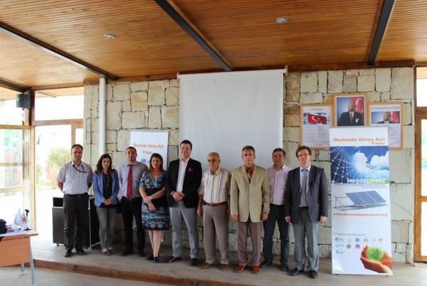 Dünya Çevre Günü Bilinçlendirme Konferansı'nda Doç. Dr. Mehmet Efe Biresselioğlu Konuşma Yaptı
