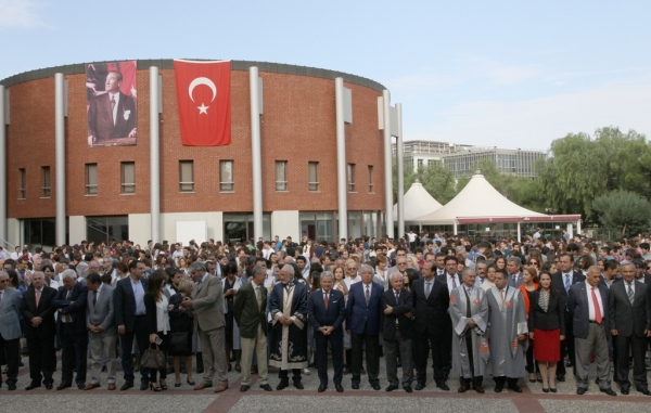 IZMIR UNIVERSITY OF ECONOMICS STARTED ITS 15TH ACADEMIC YEAR