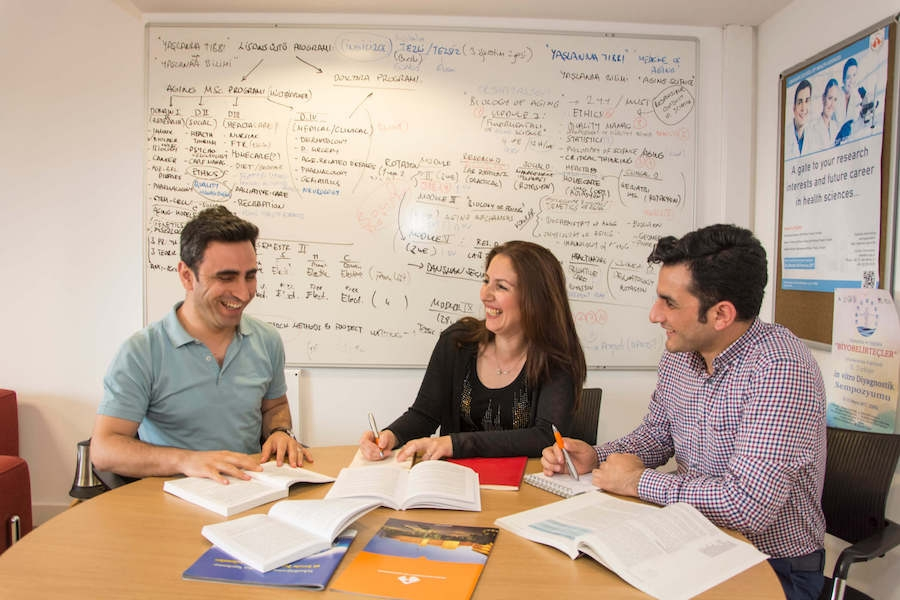 HEALTHCARE QUALITY AND PATIENT SAFETY STUDENTS STUDY TOGETHER