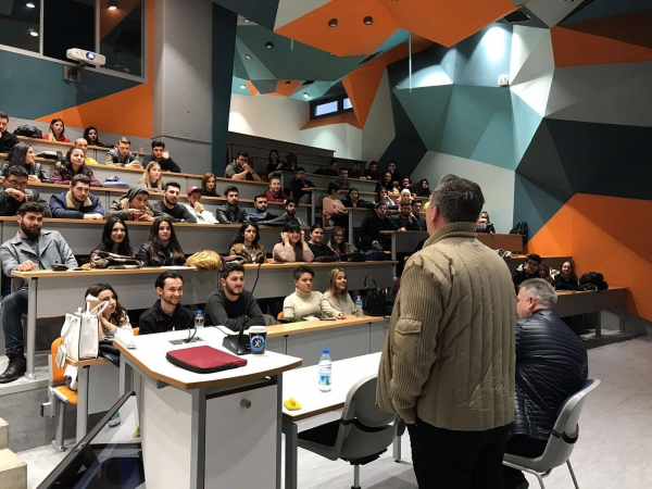 Radyo ve Televizyon Programcılığı Öğrencileri Yönetmen Kardeşler Tarkan ve Cem Özel İle Bir Araya Geldi