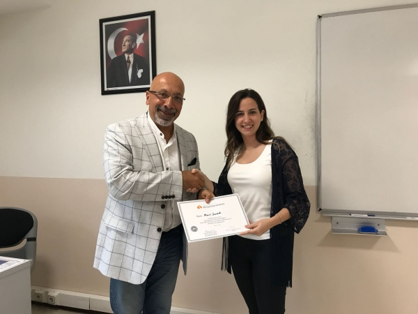 Turizm ve Otel İşletmeciliği Öğrencileri İzmir Turist Rehberler Odası Yönetim Kurulu Üyesi Macit Şaşzade'yi Ağırladı
