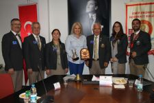 İzmir Ekonomi Rotaract'tan Hayat Kurtaran Proje