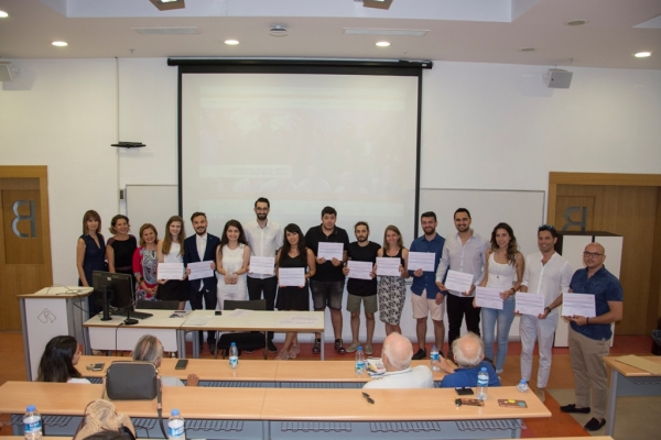 THE AWARD WINNER STUDENTS OF ARCHITECTURE CERTIFICATED