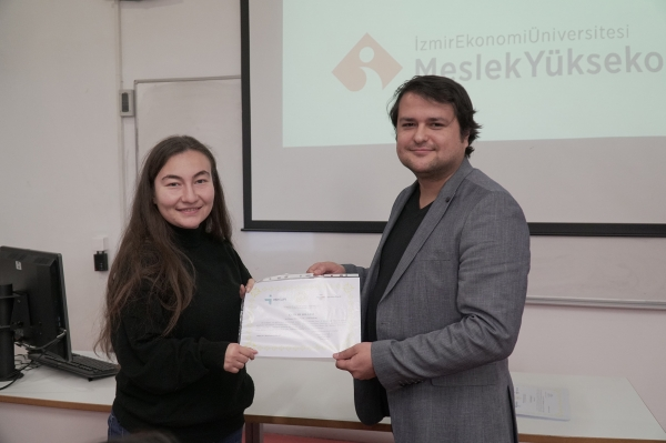 "THE FIRST PERIOD OF ISKUR'S ""JOB CLUB"" TRAINING HAS BEEN COMPLETED"