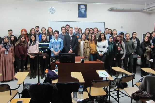 Dokuz Eylül Üniversitesi'nde Seminer
