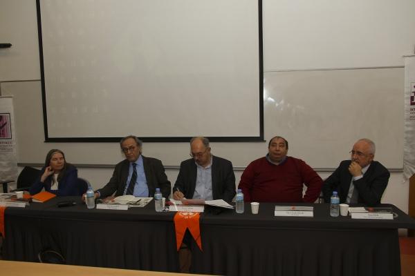 Ekonominin duayenleri İzmir Ekonomi'de buluştu