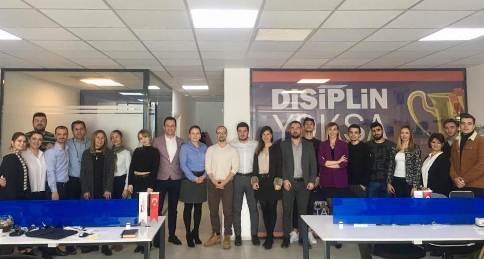 Emlak ve Emlak Yönetimi Programı Öğrencileri Startkey Life Gayrimenkul Şirketinin Haftalık Portföy Toplantısında