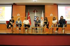 "Izmir University of Economics got ""festive"""