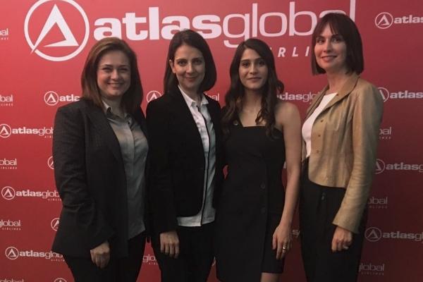 İzmir Ekonomi Üniversitesi Moda ve Tekstil Tasarımı Bölümü Atlas Global lansmanına damga vurdu
