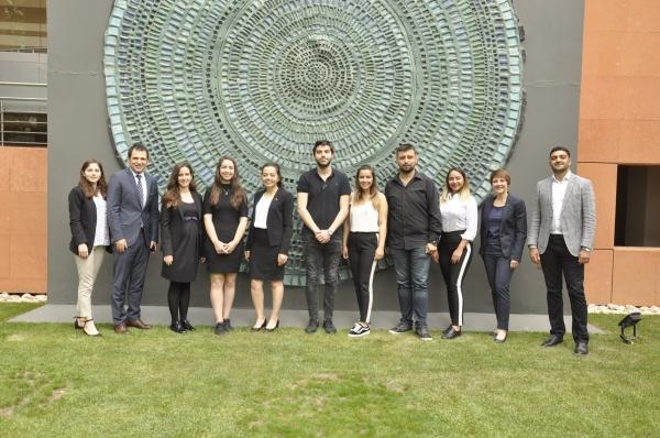 İzmir Ekonomili Turizmciler Swissotel'de Çalışıyor