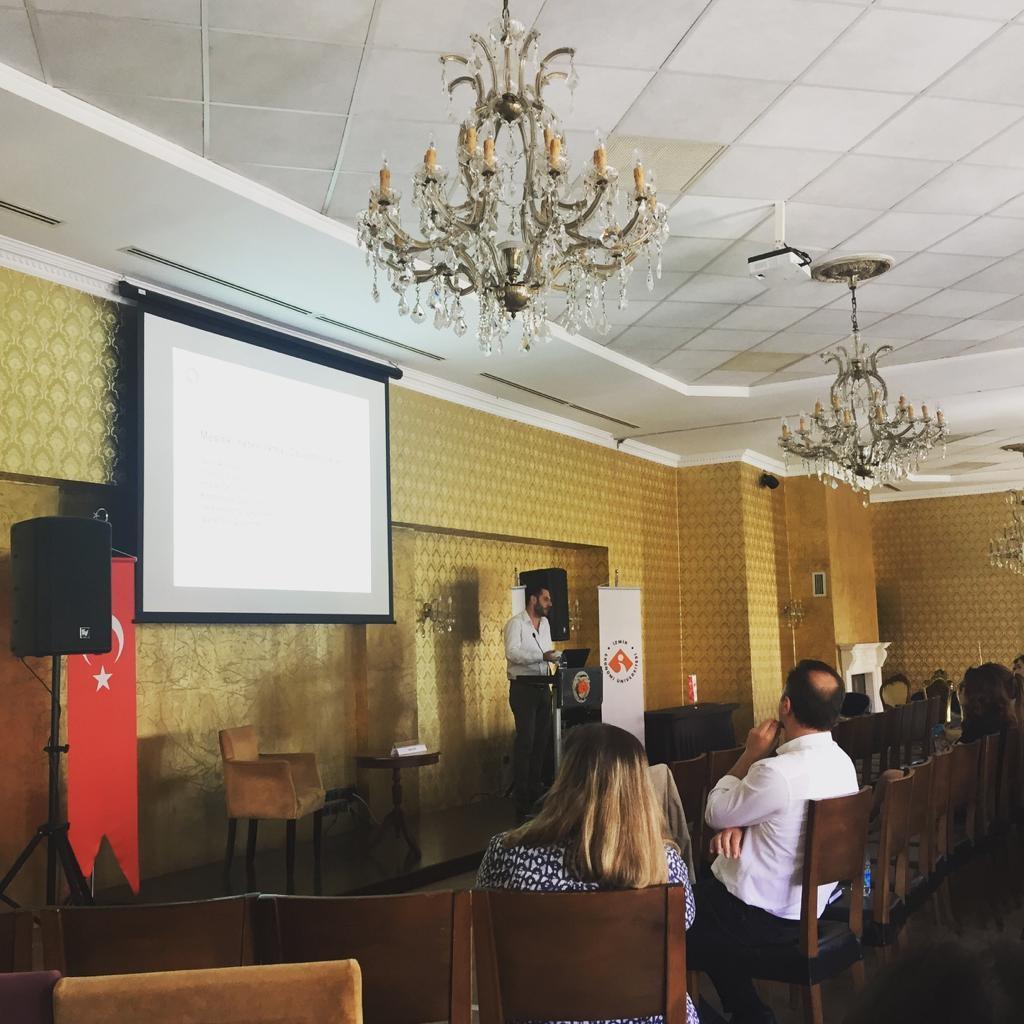 Mütercim Tercümanlık Bölümü Öğrencileri Çeviri Piyasası Dinamiklerini Tartıştı