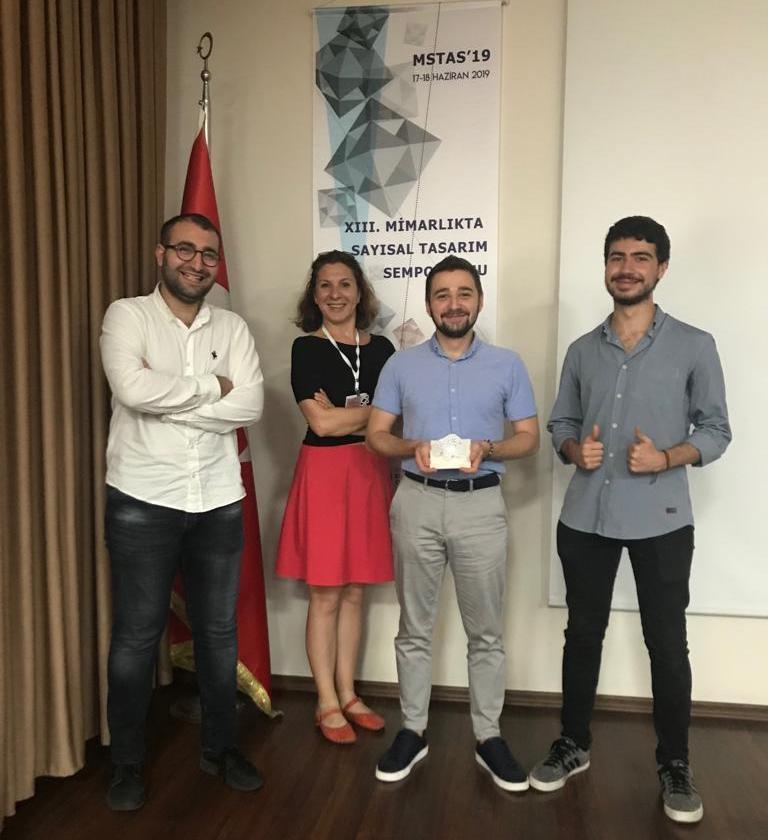 ECOFAB ekibi üyeleri Mimari Sayısal Tasarım Yarışması'nı kazandı