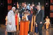 Başkan Özgener'den mezuniyet töreninde yaşam hikayesinden dersler
