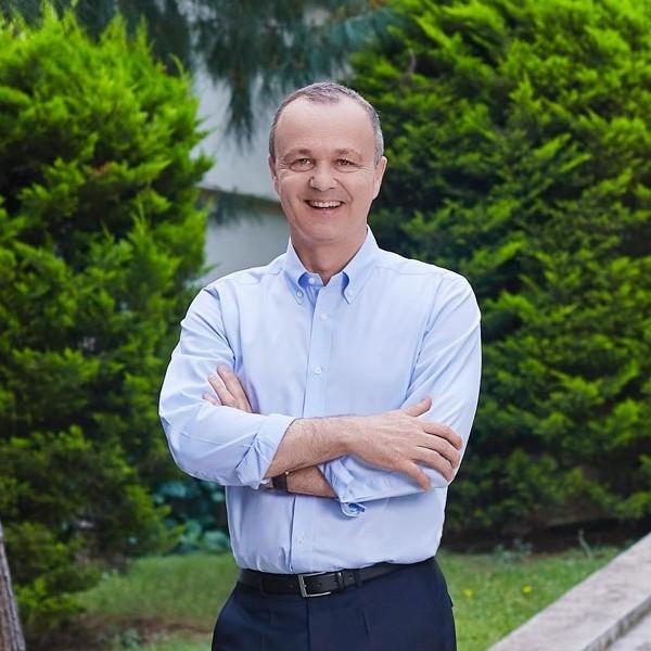 İzmir Ekonomi'ye büyük onur