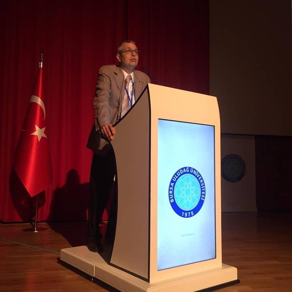 Sıtkı Egeli Uludağ Uluslararası İlişkiler Kongresi'nde tebliğini sundu