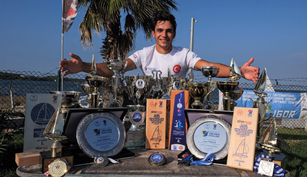 IUE student wins 32 cups