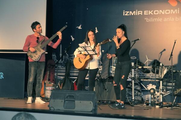 'Italian' night at Izmir University of Economics