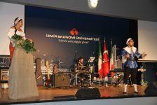 İzmir Ekonomi'de 'İtalyan' gecesi