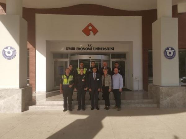 """Adnan Menderes Havalimanı Emniyet Şube Müdürü Sn.Hikmet Şükrü Ertangün """"Çıraklar Ustalara Soruyor"""" etkinliğinin konuğu oldu."""