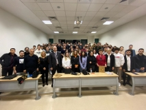 """THY İzmir İstasyon Müdürlüğü'nün Operasyon Yöneticileri   """"Çıraklar Ustalara Soruyor"""" etkinliğimize konuk oldular.."""
