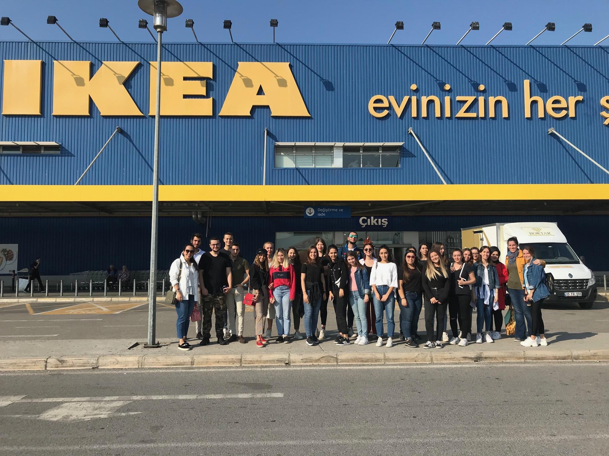 İç Mekan Tasarımı Programı öğrencileri IKEA'ya teknik geziye gittiler!