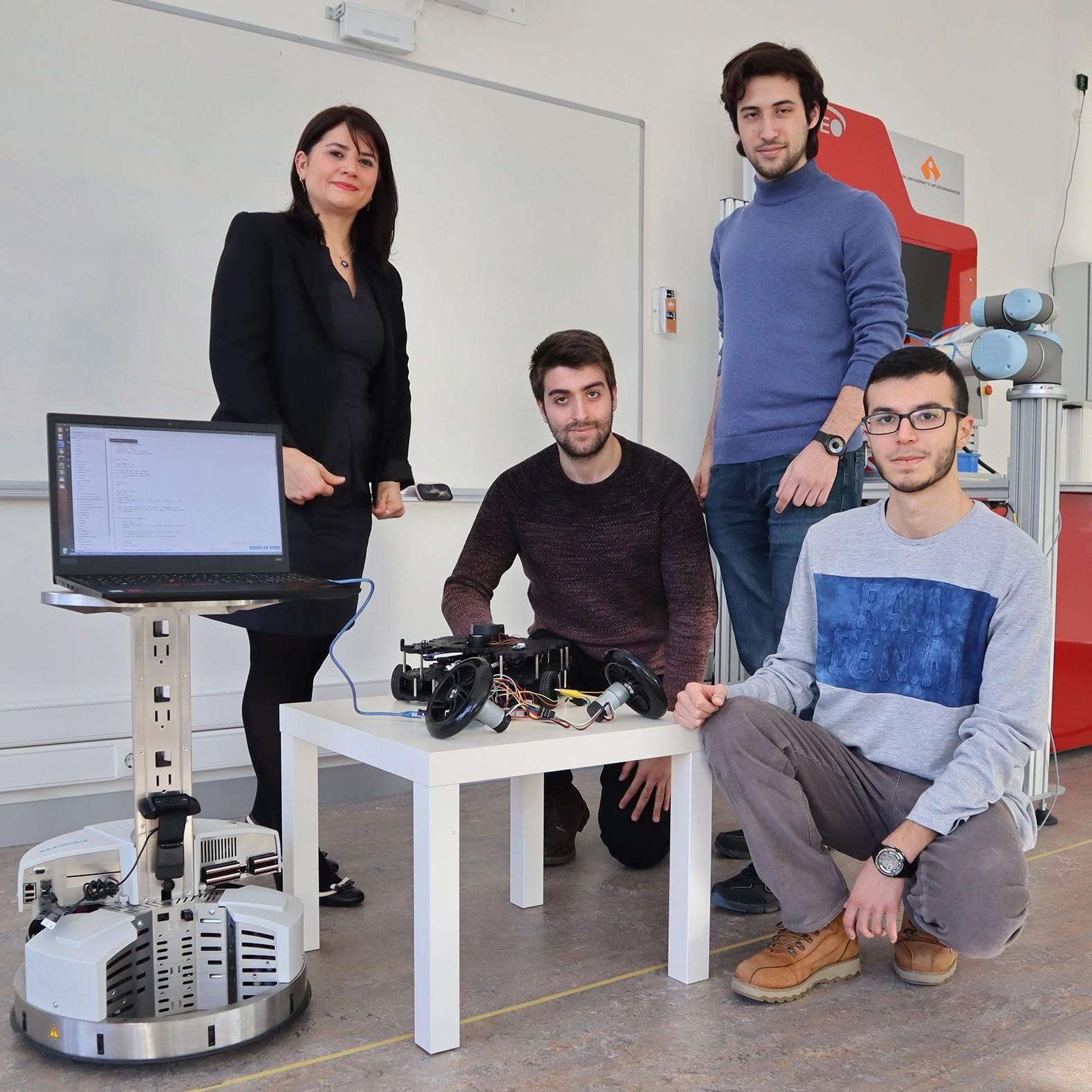 """İzmir'de üretilecek robotlar daha """"akıllı"""" olacak"""