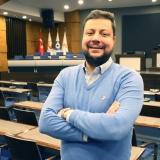 Efe Biresselioğlu wrote for Insight Turkey.