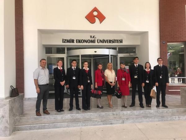 Sivil Havacılık Kabin Hizmetleri Öğrencilerimiz 2019/2020 Güz Dönemi Açılışında Havacılık Sektörünün Yetkilileri ile birlikte..