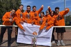 İzmir Ekonomili tenisçiler süper ligde