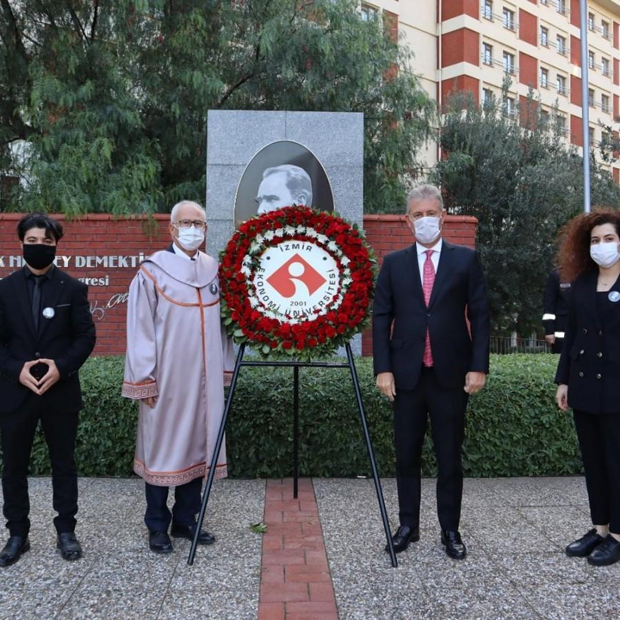 Atatürk'ü saygı, özlem ve minnetle anıyoruz