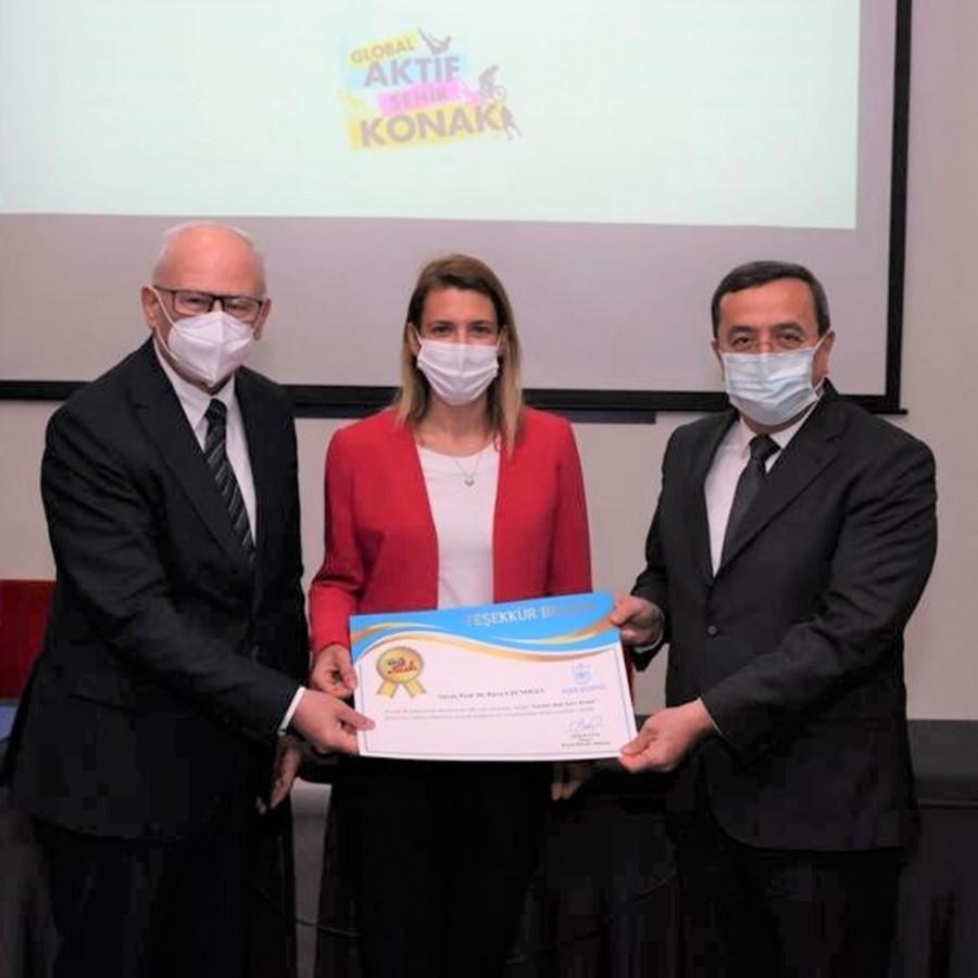 İzmir Ekonomi ve Konak Belediyesi'nden örnek iş birliği