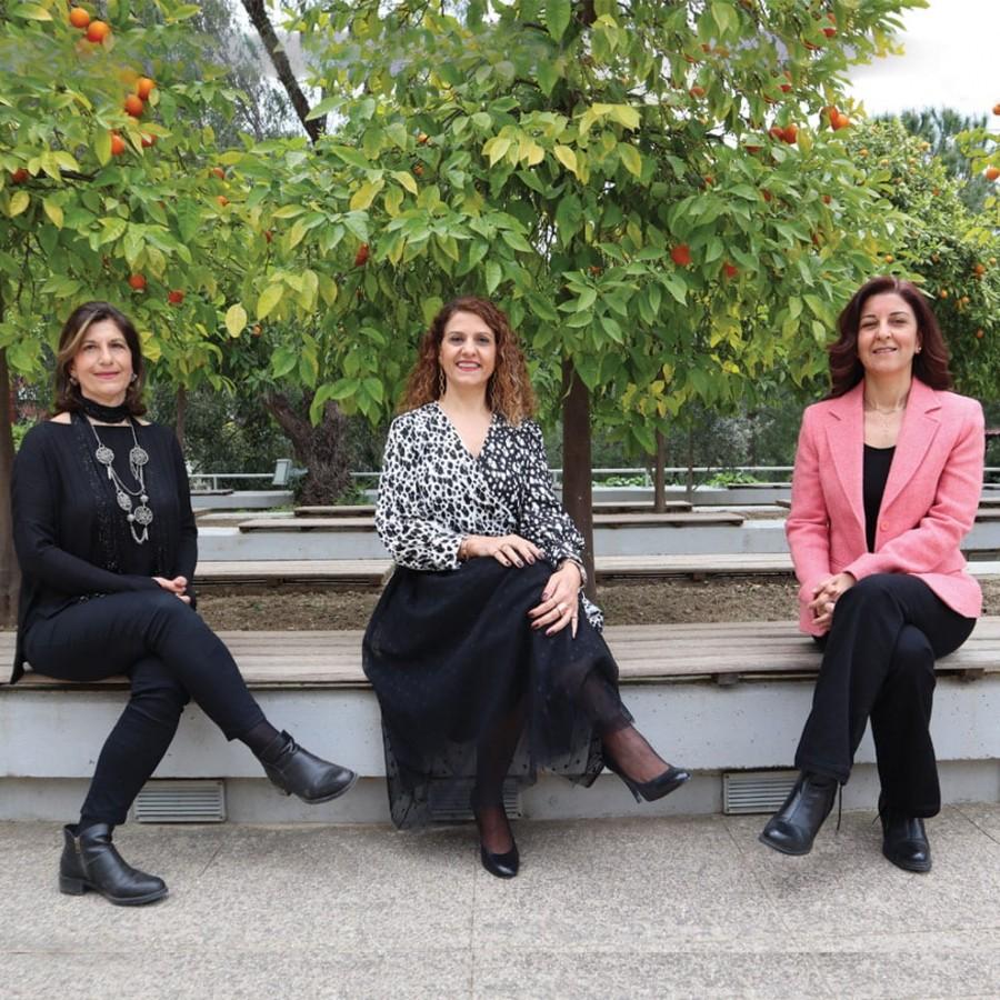 İzmir Ekonomili akademisyenler öncü oldu