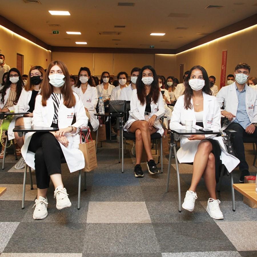 64 öğrenciye 'uygulamalı' klinik eğitim